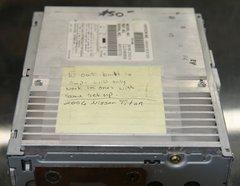 2006 Nissan Titan CD Player