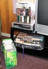 Sanyo Betacord  VCR 6400 Beta Player and 105 Movies
