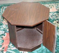Octagon End Table w/ 1 Door
