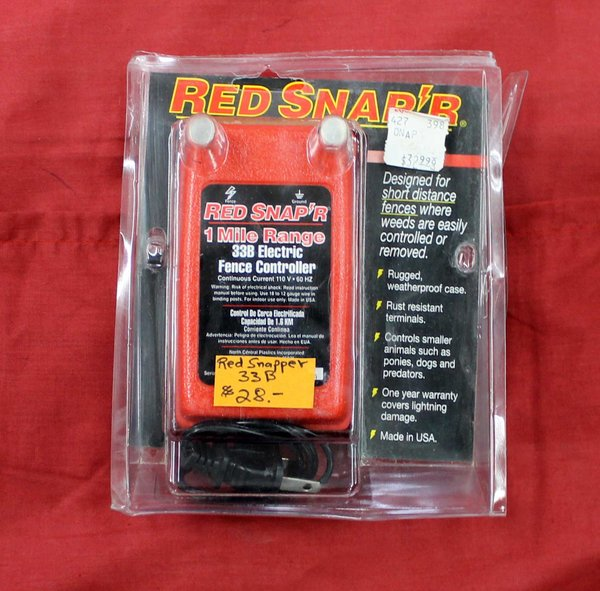 Red Snap'r 33B Electric Fence Controller