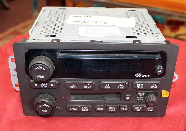 Auto CD/Cassette/ Radio Player