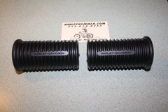 NOS 50940-52  Footrest Rubbers