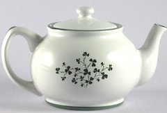 Teapot - Small with Shamrocks