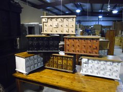 18 Drawer Apothecary, Spice or Jewlery Chest
