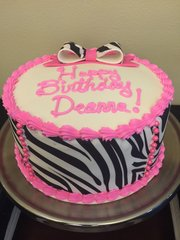 8-inch Zebra Cake (Feeds up to 18 people)