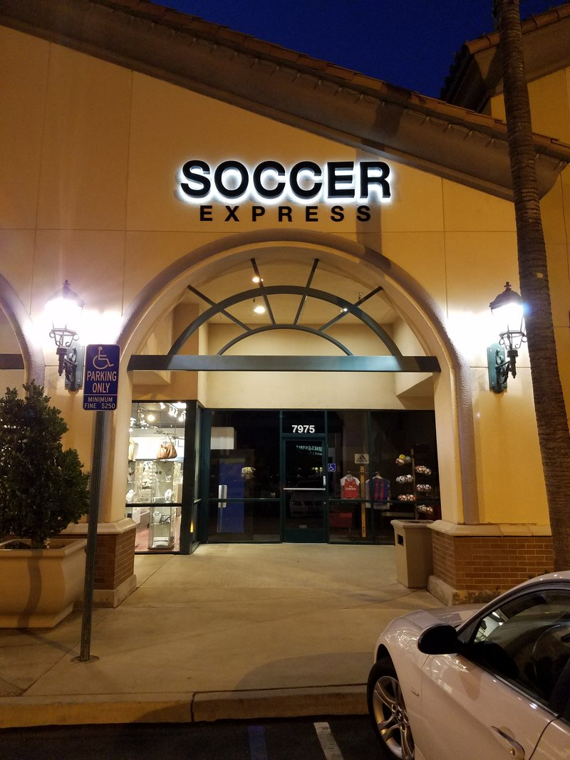 Cheap Soccer Store Near Me 6ed5feb41