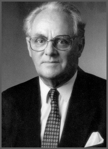 Dr Hans Nieper