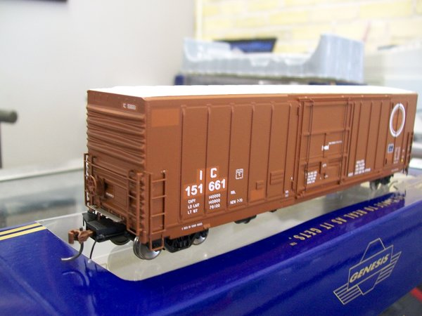 "Athearn Genesis 50' PC&F Box w/10'6"" Door, Illnois Central"