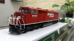 Bowser HO Scale (2nd Release) Canadian Pacific GMD SD-40-2F Dual Flags DCC Ready W/ Ditch Lights & Port Hole *Pre-order*