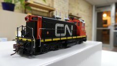 Rapido Ho Scale SW1200RS Canadian National CN Noodle Red Cab DCC & Sound