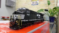Scaletrains Rivet Counter Ho Scale (2nd Release) ET44AC Norfolk Southern DCC & Sound *Pre-order*