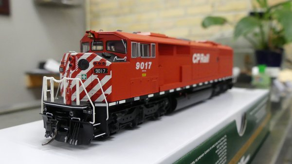 Bowser HO Scale Canadian Pacific GMD SD-40-2F DCC Ready W/ Ditch Lights, Port Hole, & Sill Dashes
