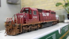 Bowser Ho Scale SD40-2 Custom Weathered St.L& H #5593 DCC & Sound
