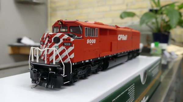 Bowser HO Scale Canadian Pacific GMD SD-40-2F DCC W/ Loksound, Ditch Lights, Port Hole & Sill Dots