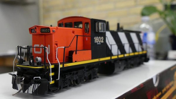 Rapido Ho Scale GMD-1A 6 Axle Canadian National Stripes DCC Ready W/Ditchlghts