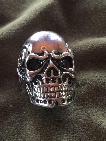 S.S Skull Ring