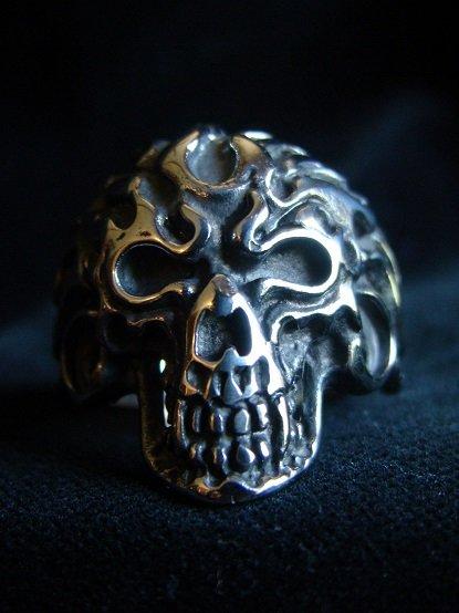 Vampire Flaming Skull Ring