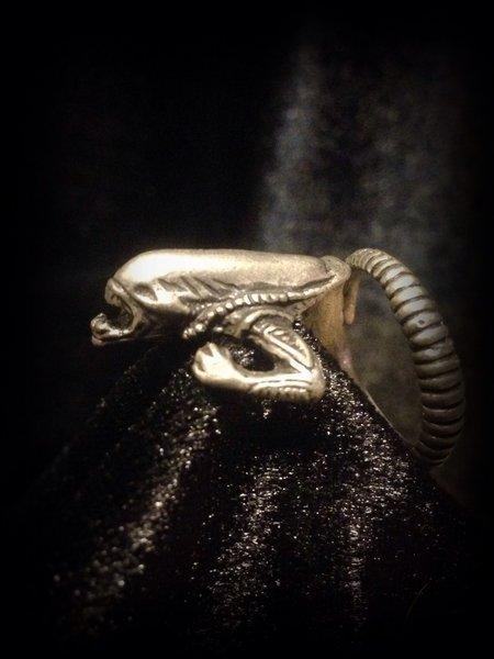 Xenomorph Alien Ring