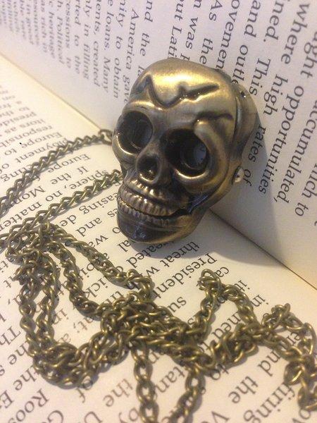Skull Pendant Time Piece