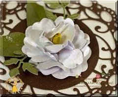 13 Gardenia Medium Gel