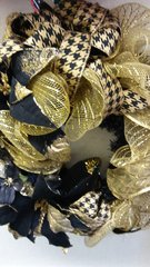 Holiday Wreath Black & Gold