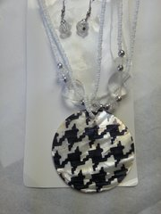 Jewelry Set Caribbean Shell Collection Black White Zigs