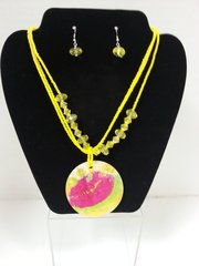 Jewelry Set Caribbean Shell Collection Lips Yellow