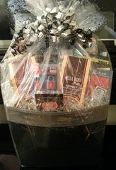 Gift Basket Deluxe Road Warrior