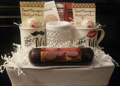 Gift Basket Wedding with Mugs