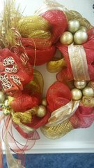 Holiday Wreath Red and Gold Bow