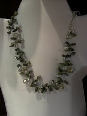 Jewelry Necklace-Floating Green Stone