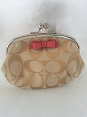 Coach Signature Bow Kisslock Coin Purse #F64180