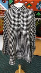 100% Alpaca Houndstooth 3-button up Cape