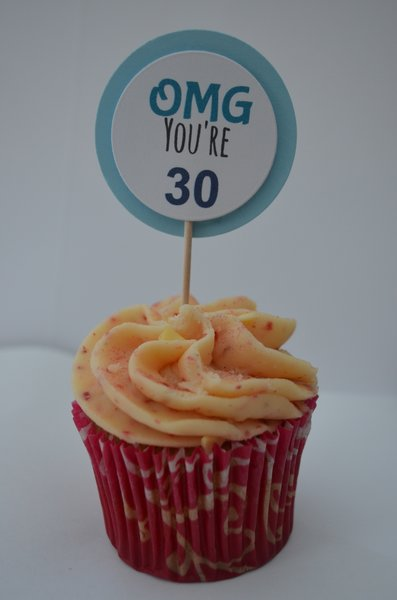 OMG YOU'RE 30 CUPCAKE TOPPERS (BLUE)