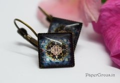 Cabochon Square Earring D5