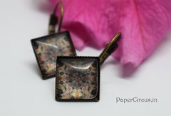 Cabochon Square Earring D9