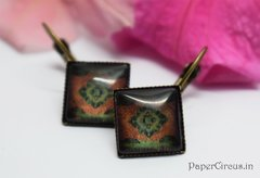 Cabochon Square Earring D4