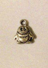 1446. Small Penguin Pendant