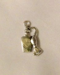 828. Perfume Bottle Pendant