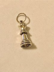1782. Chess Piece Pendant