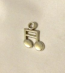 1410. Music Notes Pendant