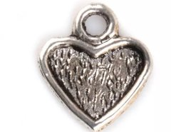 34. Small Setting Heart Pendant