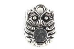 205. Small Button Owl Pendant