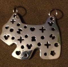 923. Dual Hook Dog Pendant