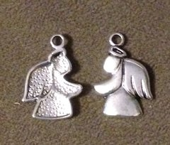 1127. Large Angel Pendant
