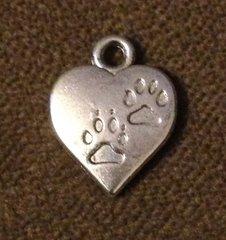 169. Heart Paw Prints Pendant