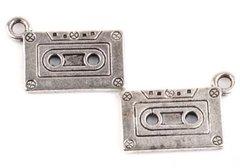 550. Cassette Pendant