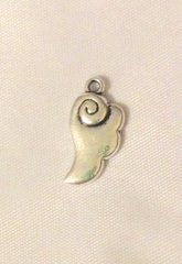 752. Cloud Pendant