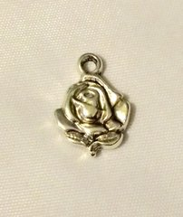 1368. Rose Flower Pendant