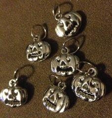 263. Acrylic 3D Pumpkin Pendant